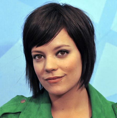 Lily Allen believes Miley Cyrus is 'incredible'