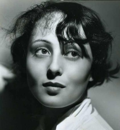 LUISE RAINER, Actress