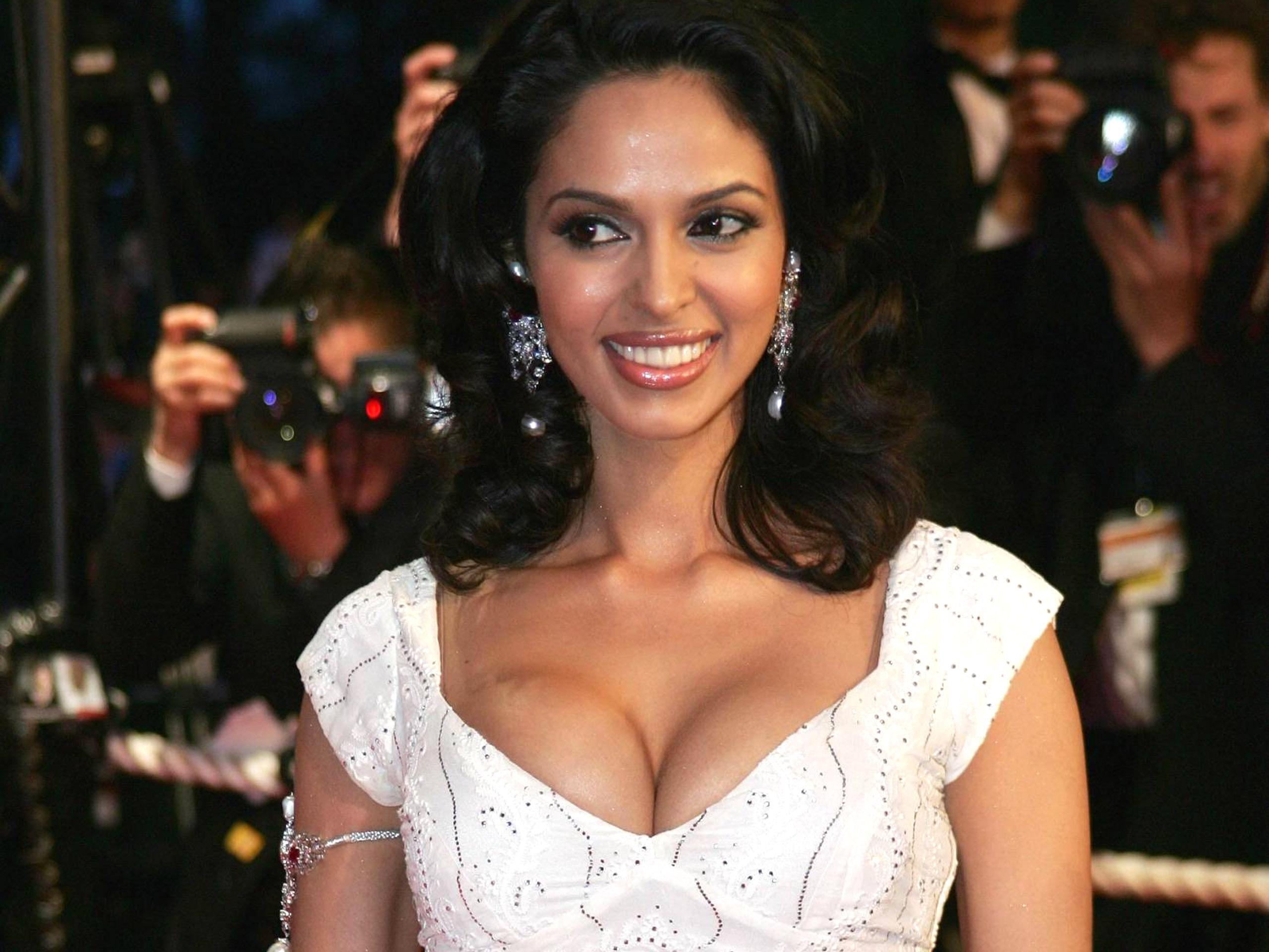 mallika sherawat first movie