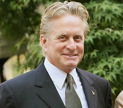 Michael Douglas moves to golf after beating cancer