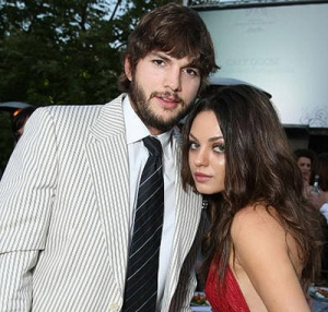 Mila Kunis and Ashton Kutcher to `wed in April`