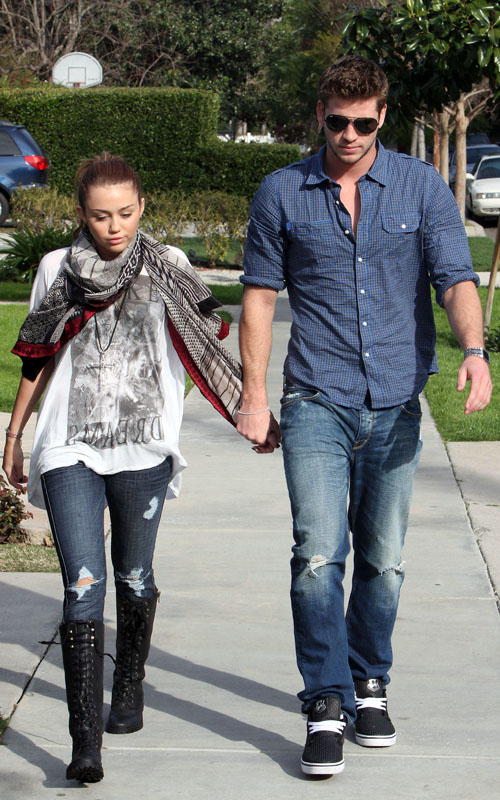 Miley Cyrus is back with Liam Hemsworth, confirms brother Trace