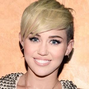 Miley Cyrus denies calling ex-Liam Hemsworth a 'piece of s***'