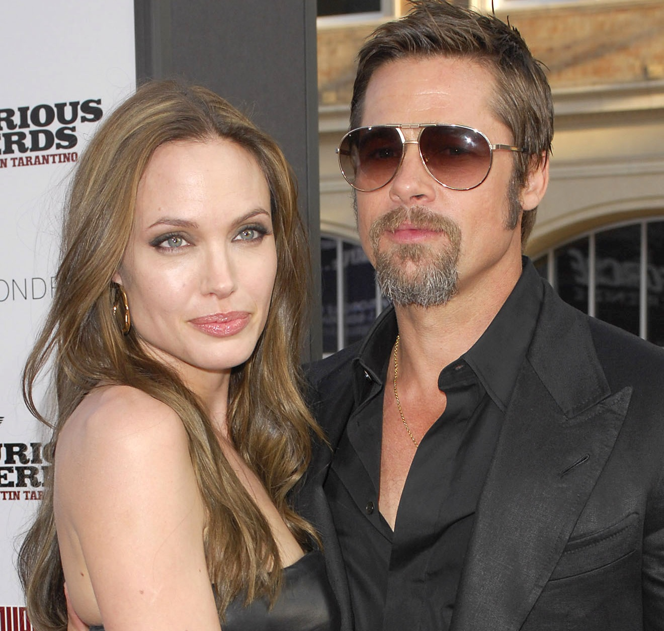Pitt, Jolie meet Obama at White House