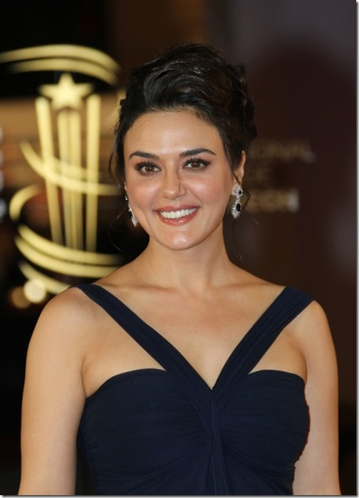 Curves or size zero is matter of choice, says Preity