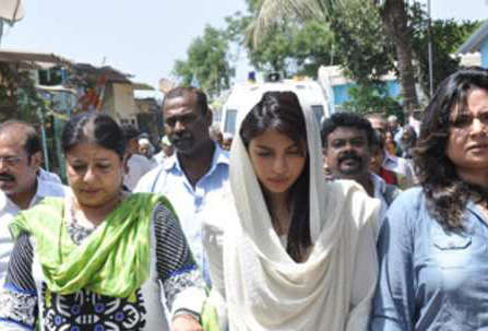 Priyanka Chopra's father cremated