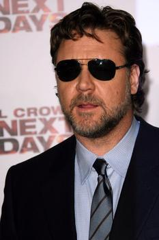 Russell Crowe keeping busy with yoga amid shock marriage split
