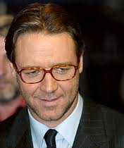 Russell Crowe to play Dracula in new flick