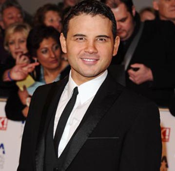 Corrie star Ryan Thomas dating Bollywood star Amy Jackson