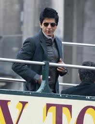 SRK back to clean shaven look