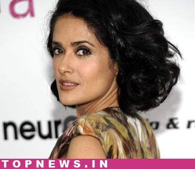 Self-proclaimed `short and hubby` Salma Hayek astounded by successful career