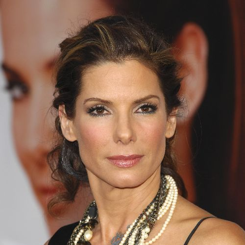 Sandra Bullock shoots sans make-up