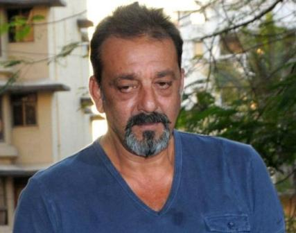 Don't expect me to shake a leg with Alia Bhatt at this age: Sanjay Dutt