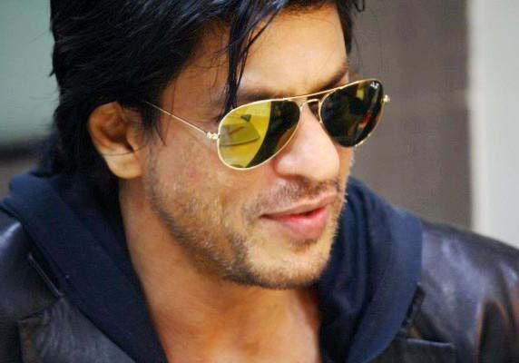 Shah Rukh keen to play baddie, again