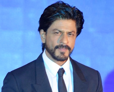 King Khan feels fans should not be obsessed with stars