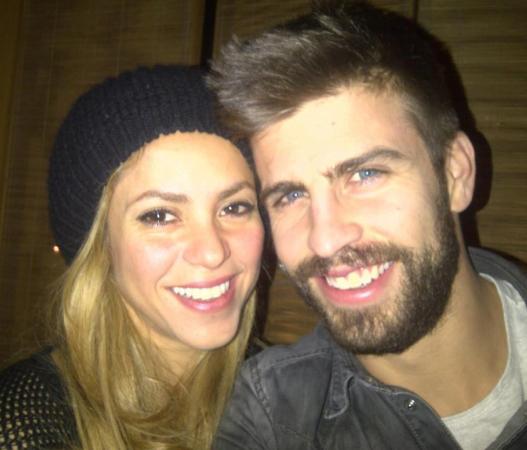 Shakira believes beau Gerard Pique deserves `a million love songs`