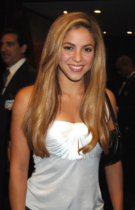 http://topnews.in/light/files/Shakira_3.jpg