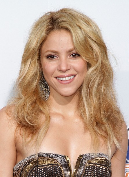 http://topnews.in/light/files/Shakira_6.jpg