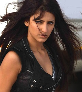 I thought I'm too ugly to be an actress: Shruti Haasan