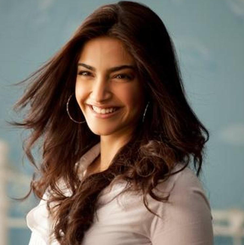 Gaurang's creations are timeless and inventive: Sonam Kapoor
