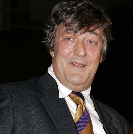 Stephen Fry under treatment for spider bite