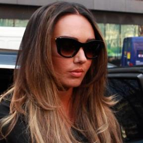 Tamara Ecclestone flaunts new jagged cut `engagement ring`