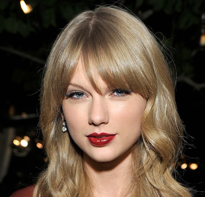 Taylor Swift returns to top of Billboard 'top moneymakers' list