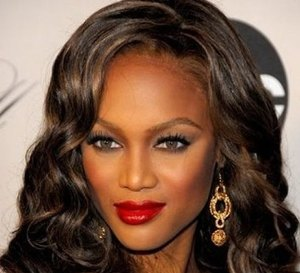 Tyra Banks crowned `Internets most popular supermodel` 