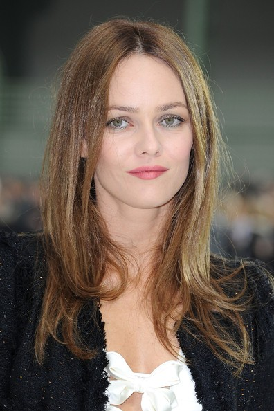 Vanessa Paradis `dating Carla Bruni''s ex`