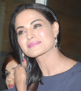 Veena Malik to seek forgiveness for sins during Ramzaan