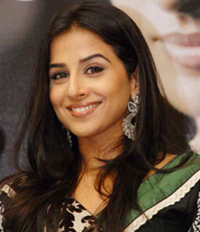 Vidya to perform moonwalk on IDS sets