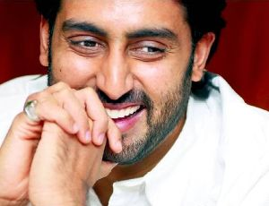 Abhishek loves Delhi winters!