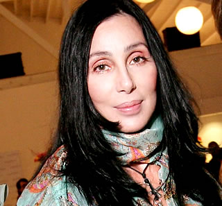 Cher slams fan on Twitter over 'Burlesque' Academy Awards snub