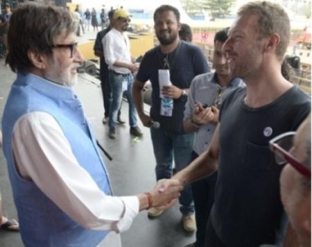Big B meets and greets Coldplay's Chris Martin