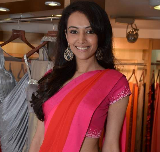 dipannita sharma tall