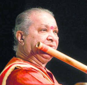 http://topnews.in/light/files/hariprasad-chaurasia.jpg