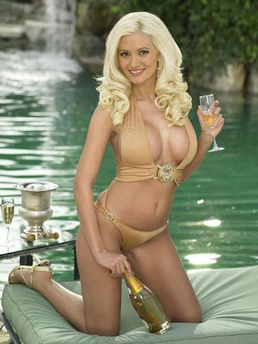 Holly Madison Hot Picture