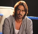 Arjun Rampal `busts` knee during `Kahaani 2` shoot