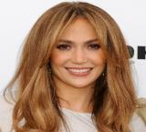 "Jennifer Lopez says she is ""kind of"" single"