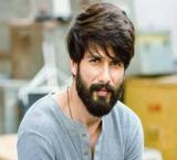 Shahid calls on 'Padmavati' director Sanjay Leela Bhansali