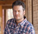 Blake Shelton pays homage to late brother