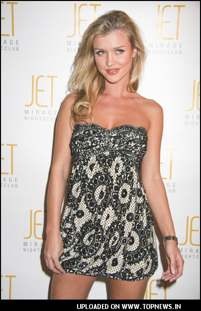 Joanna Krupa Hosts a 2008 Calendar Release Party in Las Vegas