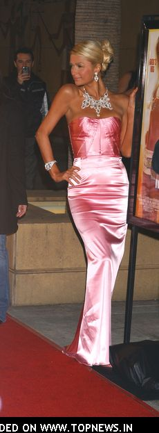 Paris Hilton at &quot;The Hottie and The Nottie&quot; Premiere