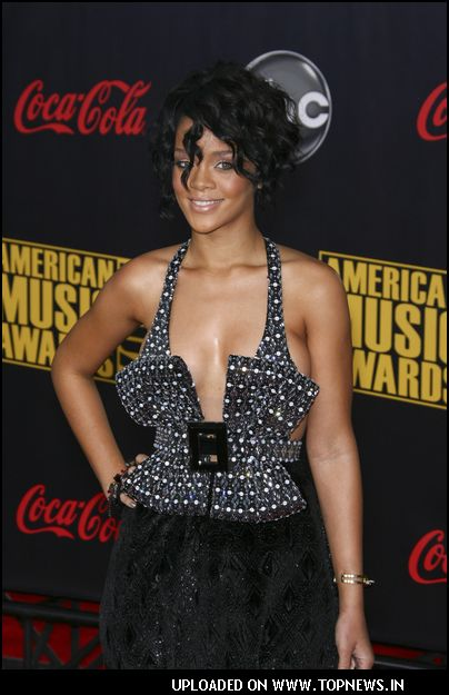 Rihanna at American Music Awards 2007