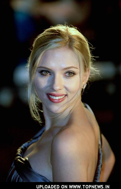 Scarlett Johansson at The Other Boleyn Girl Royal London Premiere