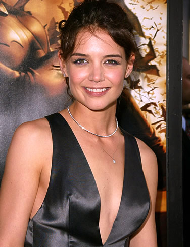 Katie Holmes Photos on Aug 18   Hollywood Actress Katie Holmes Recreated One Of The Most