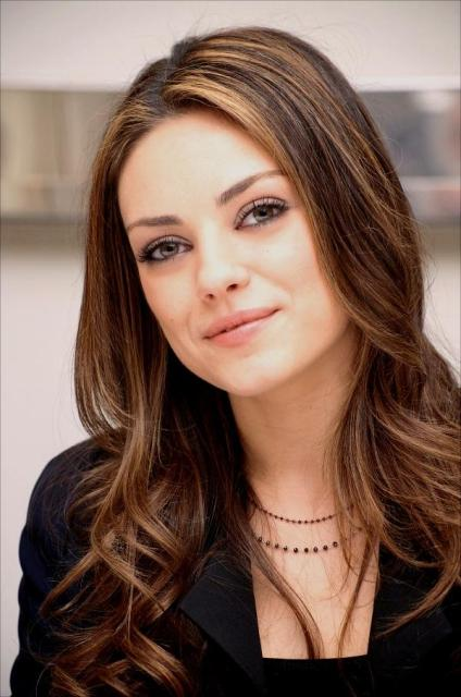 Mila Kunis `threatened` by movie boss