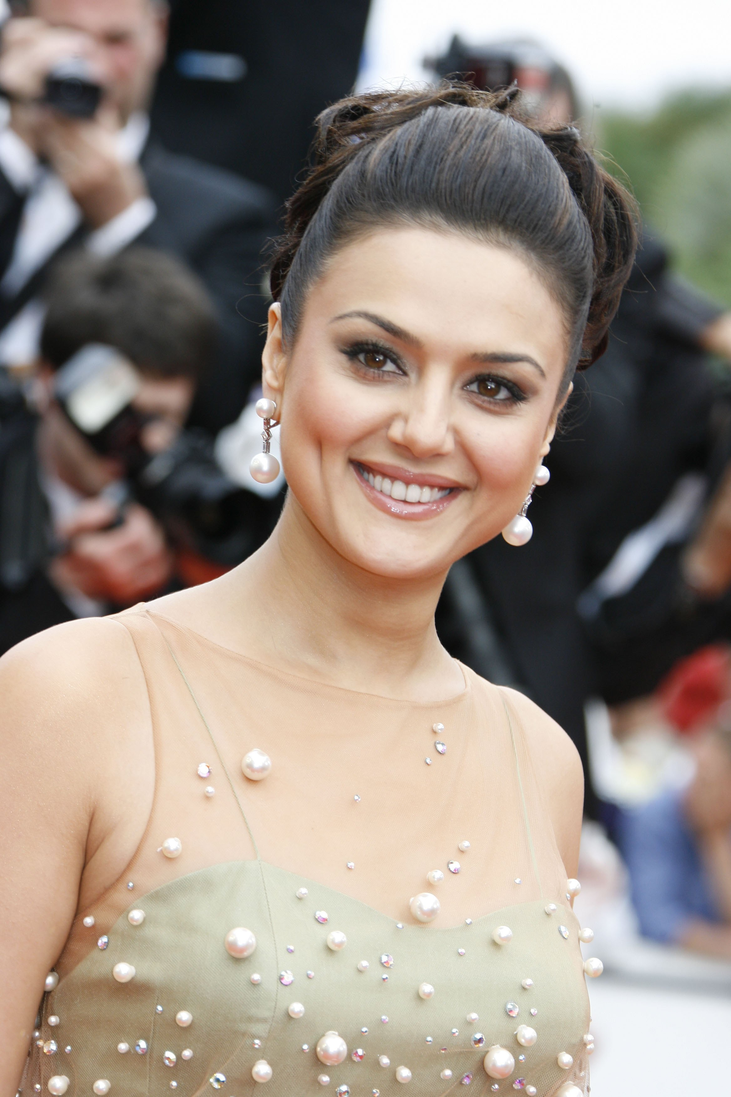 Parisian feel to Preity's 'Ishkq In Paris'