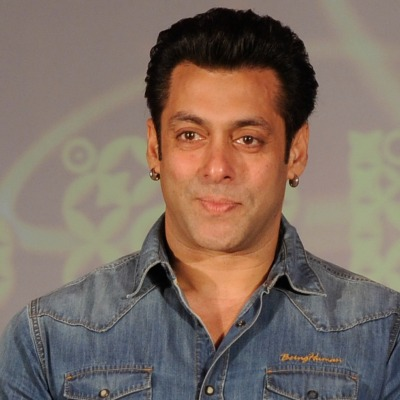 Here`s how Salman Khan fulfilled Dubai fans' wish
