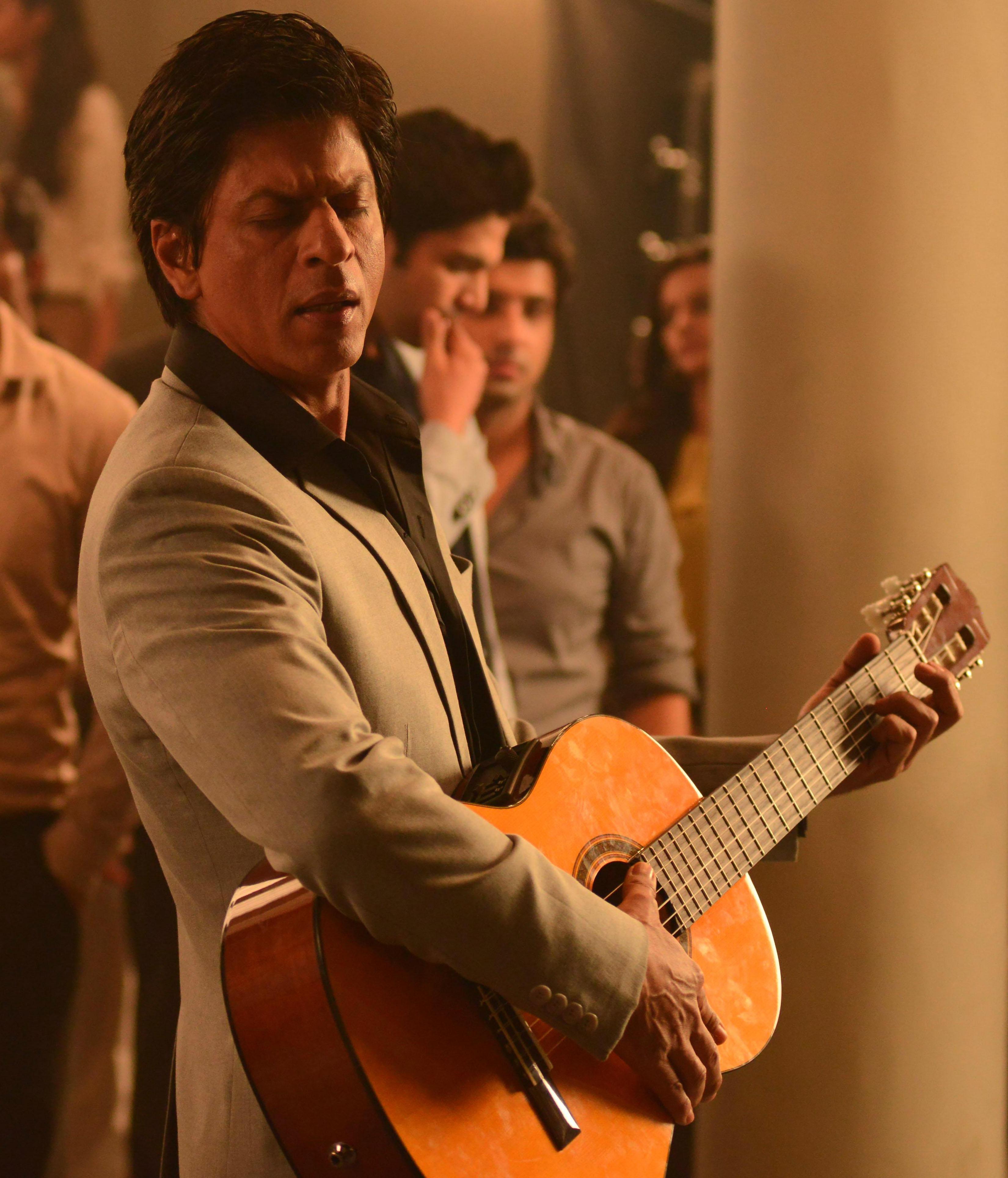 SRK, Katrina's Lux moment